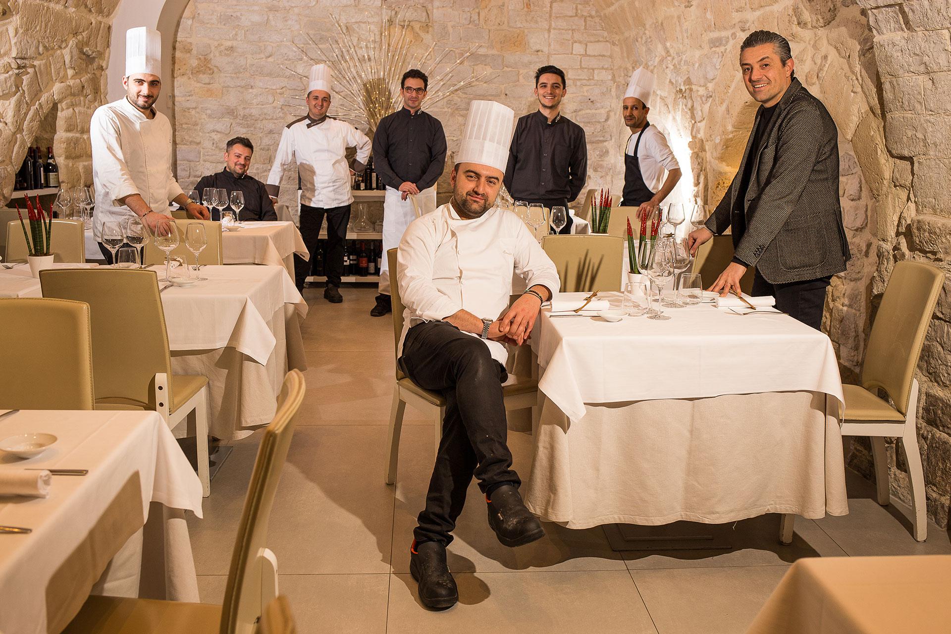immagine per FotoeCoperto Gallo restauurant ristorante brigata Trani porto